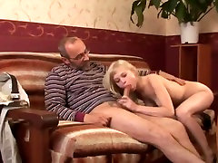 Vyras ir jauna mergaitė - 59