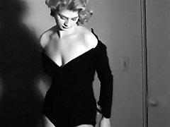 NO GOOD - vintage smoking blonde striptease fishnets