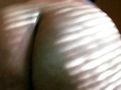 BBW shaking her ass