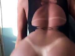Amazing brazilian shemale with saudi arabbigeas ass
