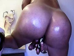 Latin brazilian cum girl slut Carolina needs your cock