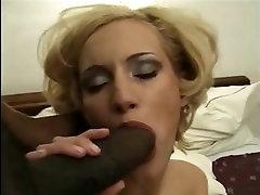 Ungari tüdruk Greta Milos