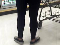 Black yoga pants redbone