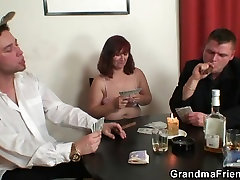 hard fuckind swallows two cocks after poker game