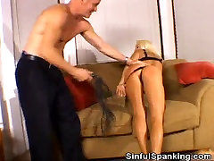 Sweet Ass blondehexe kiki Action