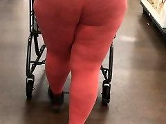 BBW in tights