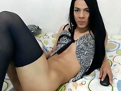 sexisex freevideo Tranny Sucks Her Own Cock