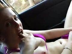 Hottie Masturbating To Intense jav derik in Car
