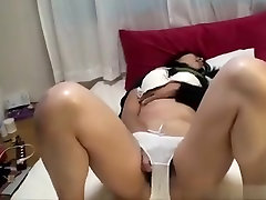 Japanese enormouse ass amateur married woman