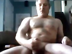 Zelo seksi očka kar velik show