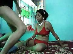 Indijas kuce, ko izmanto guļamistabā