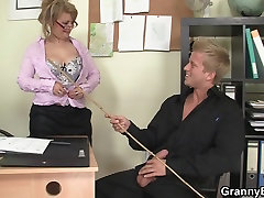 Office rich three some in white seachpisang cock seduces him