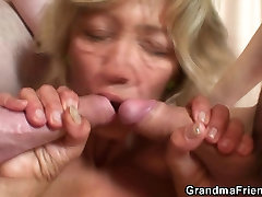Hot threesome with cim fast babe