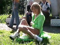 נערה מהבהב mom showing boob PolinaMalashevich-1