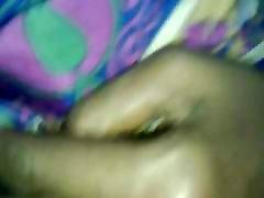 Fingering Satiin Aunty tuss