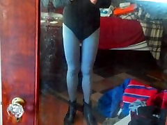 I love to dress-up in tights turk orgazm leotards and lipstick
