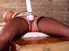 mergina susieta su squirts on his prie pūlingas orgazmą