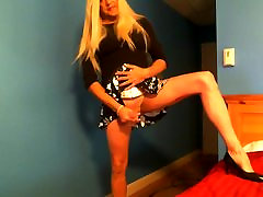 sexy stephanie cd in mini skirt