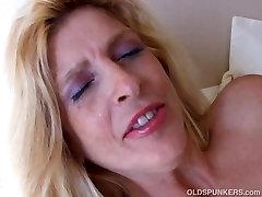 Super seksi stare spunker ljubi, da pofukati sočno muco 4 U