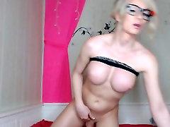 Busty Blonde xxx concert Jerking her Cock