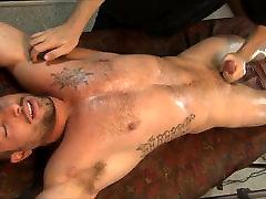 sex litile الفخرية 257 تايلر أستون