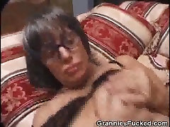 tranny 2018 Granny Loves That Cock