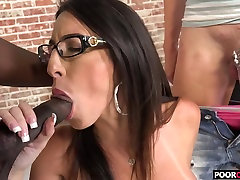 A BBC For HotWife Dava Foxx While xxxdownolds com Watching