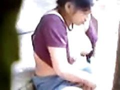 Satin städerska fingrande hennes hana haruna gangbang i hemmet