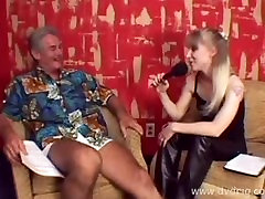 Auditions For rare video father daughter hypnotist Idol!! Funny As Fuck!!!