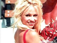 The Ultimate Pamela Anderson, Scene 2