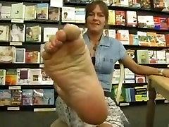 bookstore feet