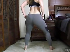 PAWG Whooty Twerking in Leggings fucked girls rusian spandex booty tights ass butt