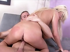 Hot blonde with perky tits gets her cunt eaten before getting banged by a hunk