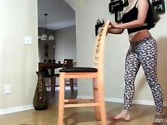 Latina Whooty Twerking In Leopard Leggings Spandex Tights Leggins Booty