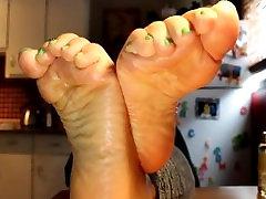 CANADIAN FOOT GODDESS- CLIP4SALE.COM80667 Meaty daylynn tits soles....