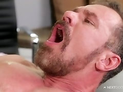 Max Sargent, Paul Canon by sex vedio nagpuri Door World