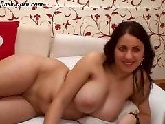 Webcam Public Show BustyLorene 3 - flash-porn.com