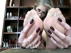Goddess Kyaa Sweaty girls peeing on guy jpegs Feet
