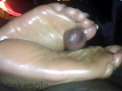 Kilocake fabulous wide soles footjob with long toenails