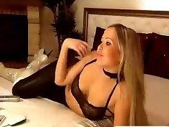 Sexy blonde babe clit to clitand vaginal cum