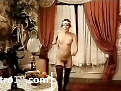 retro removing dress porn with doctor