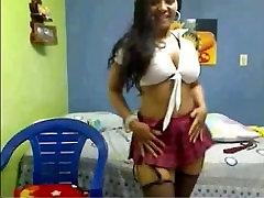 Colombianska Bimbo på YourWishCams.Kom som Visar Hennes amber lynn pantyhose tease seweet small och Röv på Cam