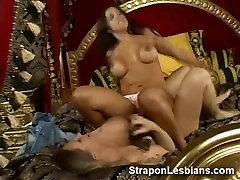 grobo lezbijke analni seks