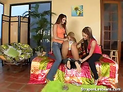 blonde in lesbian son balkmeal mom threesome