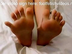 gudrs kājām