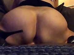 findlonelymilfs.com Ebony MILF wild dildo riding