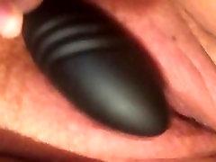 Sočno, vidno throbbing orgazem z vibrator