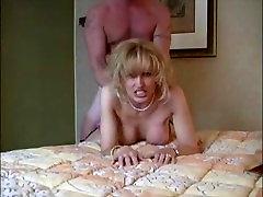 Starla no DATES25.COM - Blonde milf