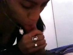Indian girlfriend swallows cum