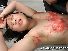 Asian bitch has a waxing and spanking dicke mpse session